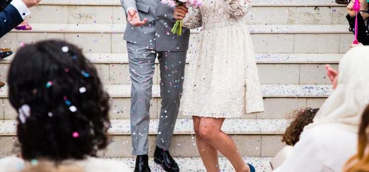 Un mire care știa că are cancer în fază terminală a anunțat la nunta sa că diagnosticul a fost greșit