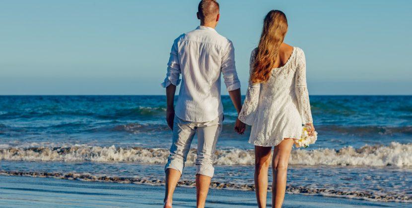 A refuzat să se mute de pe plajă și a stricat nunta îndrăgostiților