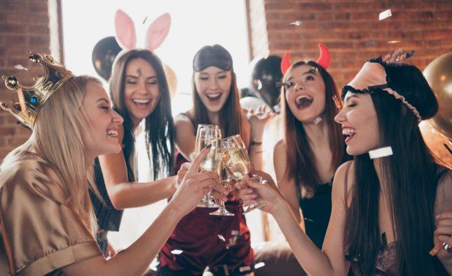 7 idei pentru petrecerea burlăcițelor