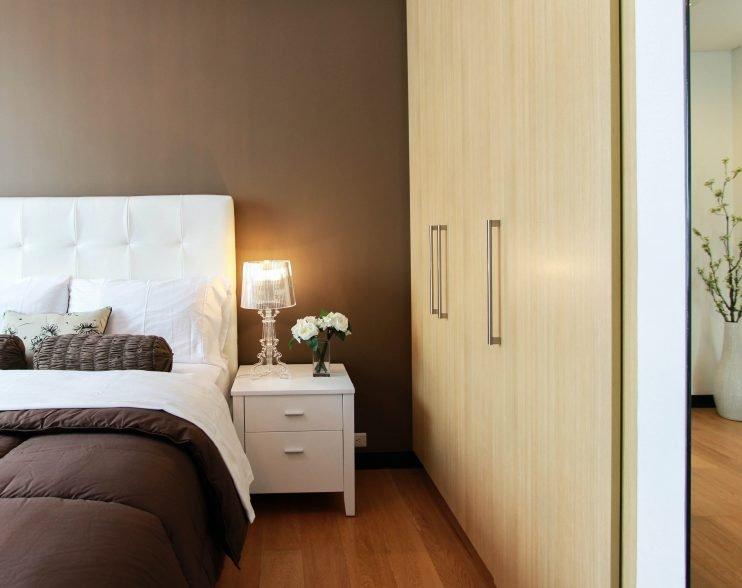 Cât costă un dormitor complet?
